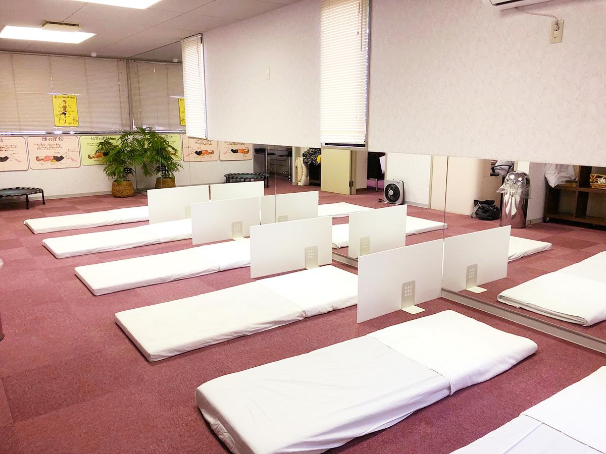 ベッド-高松市の女性専用整体ヘルスパーク